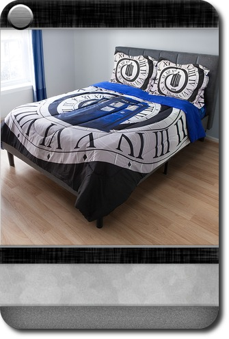 . Home   Office   Exclusive Doctor Who Comforter   Carddit
